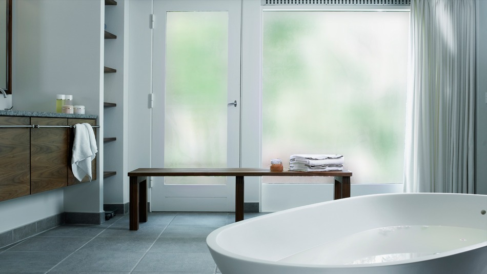 SONTE-Film-Bathroom-Off-Thumbnail